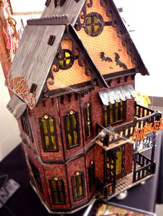 Amazing Alterations: Halloween Doll House by Sue Smyth