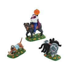 SVH  WHO LET THE DOGS OUT Snow Village Halloween Dept 56 Accessory 4025412 NEW