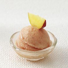 Unser beliebtes Rezept für Pfirsichsorbet und mehr als 55.000 weitere kostenlose Rezepte auf LECKER.de.