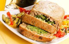 Spinach and Mozzarella-Stuffed Turkey Meatloaf Recipe via @SparkPeople
