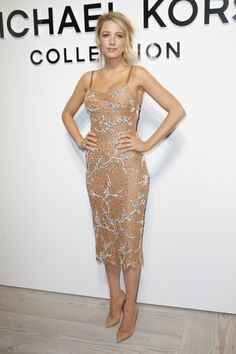 Amazing midi dress with spaghetti straps, Beige & white details. Blake Lively at Michael Kors Collection