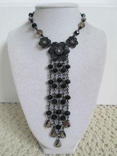 NWT-Auth-Betsey-Johnson-Blackout-Black-Floral-Rhinestone-Bead-Tassel-Necklace