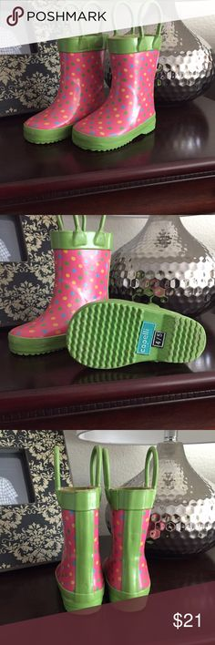 "🆒 Capelli New York Kids Girls Rain Boots Sz 4/5 🆒 Adorable and sturdy pink and green polka dot Capelli of New York Kids brand rain boots. Size on boot states: 4/5. Toe-to-heel measurement for these boots is 5 1/2"". These cute little things are used but in Fabulous condition 🌺👭 Pet free, smoke free home. All items come to you cute and clean 💗 Capelli of New York Shoes Rain & Snow Boots"