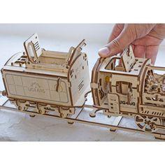 Купить 3D-конструктор Ugears Локомотив с тендером в интернет-магазине Ugears-Russia.ru