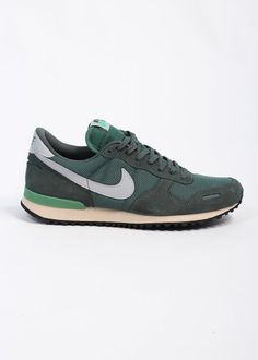 Nike Air Vortex Vintage Trainers - Green Normally I wouldn't like green but I love these.