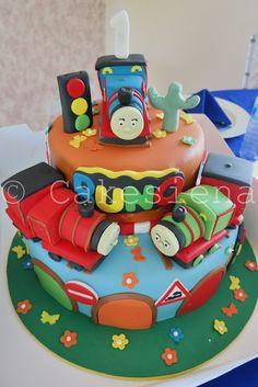 Berry Dakara: My Favorite Creative Cakes by Cakes