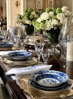 A beautiful luncheon in celebration of my collaboration with Giddy Paperie! - The Enchanted Home White Desk Top, Find A Room, Traditional Dining Rooms, Enchanted Home, Throw A Party, Deck Design, Screen Shot, Tablescapes, Floral Arrangements