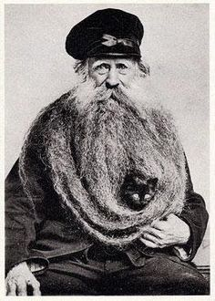 Now this is an epic beard!! How long do you think that'd take?