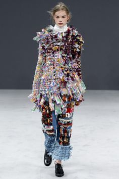 Viktor & Rolf Fall 2016 Couture Fashion Show