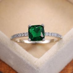Details about  /0.5ct Princess Classic Simulated Emerald 18k Pink Gold Earrings Screw back