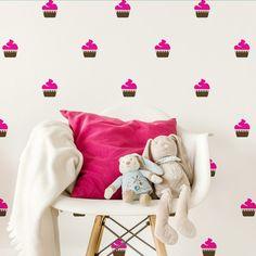 Adesivo Decorativo CupCake - Mode Deco     Nossos Adesivos Decorativos são uma opção rápida e com um ótimo custo-benefício para quem quer dar um upgrade na decoração de qualquer ambiente.  decoração, diy, decor, ideias, home office, escritorio, quarto, quarto de casal, quarto infantil, adesivos, adesivos decorativos, parede, decorando, decorando facil, fashion,  papel de parede, sala, sala de estar, quarto de menina, quarto de menino