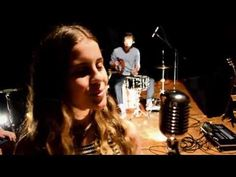 Thedeus White - Ground ( live session ) - YouTube