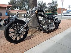 Check out Moe's Custom Jesse James (West Coast Choppers) build! This was a great bike to be able to see in person. Moe is listing his bike for sale! If interested, please contact Andrew for more info and contact information. You can reach Andrew via email at Andrew@glendaleharley.net