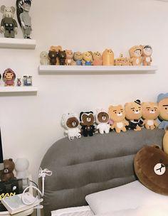 joon's room