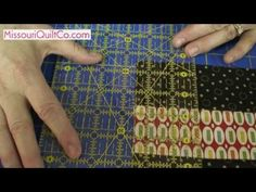 Nine Patch Quilting Block - Beginner Block Quilting Series with Jenny Doan forma cuadrado con cuadros.