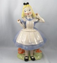 Alice in Wonderland Cookie Jar by Regal China-1951. Looooove this! Im a huge AIW fan!