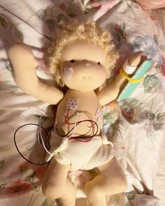 """MonPilou on Instagram: """"And now her new mama is taking care of her own incubator baby 👶🏼 💖 @mon.pilou #monpilou #dollmaker #waldorfdoll #handmadewithlove"""" Doll Maker, Waldorf Dolls, Take Care, Doll Clothes, Teddy Bear, Toys, Baby, Handmade, Animals"""