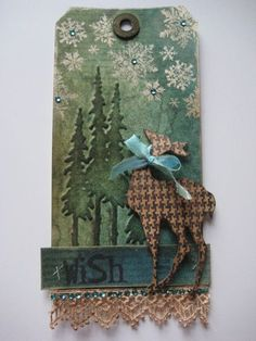 Handmade Christmas Tag with Tutorial Christmas Paper Crafts, Christmas Gift Tags, Xmas Cards, Handmade Christmas, Reindeer Christmas, Holiday Cards, Origami, Timmy Time, Etiquette Vintage