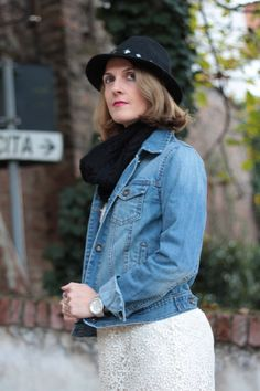 Margaret Dallospedale, Maggie Dallospedlae fashion diary, Fashion blog, Fashion blogger, fashion tips, how to wear, Outfits, OOTD, Fall outfit, Autumn outfit, Lace & denim jack, 010