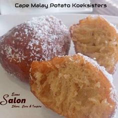 Soft and spicy Cape Malay Potato Koeksisters dipped into the sugar syrup and rolled in coconut. A popular treat in the Cape Malay tradition Koeksister Recipe South Africa, Potato Doughnuts Recipe, Easy Ramadan Recipes, Baking Recipes, Dessert Recipes, Desserts, Braai Recipes, Malay Food, Kitchens
