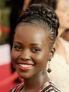 Popular afro hairstyles for woman – My hair and beauty Black Hair Bun, Black Girl Braids, Braids For Black Hair, Girls Braids, Man Braids, Black Girls Hairstyles, Celebrity Hairstyles, African Braids Hairstyles, Braided Hairstyles