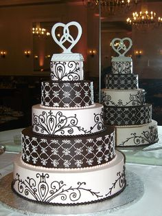 PICT1339 by margaretsbakery, via Flickr. Wedding cake