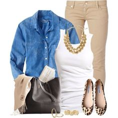 chambray and tan outfit - great casual chic outfit for work 😉 Fall Winter Outfits, Autumn Winter Fashion, Summer Outfits, Look Fashion, Fashion Beauty, Fashion Design, Fall Fashion, Looks Camisa Jeans, Leopard Outfits