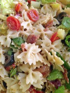 Ceasar BLT pasta salade