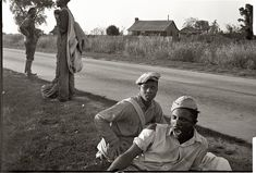October 1935. Cotton pickers in Pulaski County, Arkansas. 35mm nitrate negative by Ben Shahn for the Farm Security Administration.