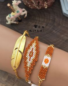 Günün enerji rengi turuncu ♀️☄️ __________________________________________________ #miyuki #instalike #moda #fashion #design #handmade #happy #bileklik #bracelet #takı #beads #accessories #elemeği #stylish #style #tarz #instagood #instalove #love #colors #colorful #gold #art #instadaily #instalike #colors #turuncu #trend #girls #aksesuar#like4like#instaphoto Loom Bracelet Patterns, Bead Loom Bracelets, Jewelry Patterns, Beading Patterns, Rope Jewelry, Beaded Jewelry, Handmade Jewelry, Bazaar Crafts, Native Beadwork