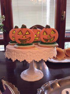 Halloween pumpkin cookies 1