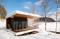Rantasauna - Sauna by the lake by architects Grönholm & Ylimäki Ice Fishing House, Arched Cabin, Outdoor Sauna, Sauna Design, Finnish Sauna, Sauna Room, Small Buildings, Villa, Saunas