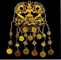 A Post-Achaemenid Greco-Persian Jewellery piece from Talia Tappeh, Afghanistan