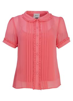 The Cecily Pink Frill Blouse is a sweet separate and the perfect top for weekend drinks or a work wear staple. With short sleeves and a frilled placket. Joanie Clothing, Love Clothing, Red Short Sleeve Tops, Short Sleeve Blouse, Short Sleeves, Blouse Patterns, Blouse Designs, Collar Kurti, Frill Blouse