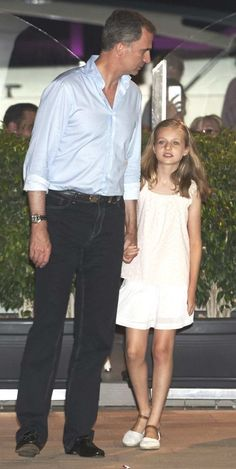 Princess Leonor with her father King Felipe 31.07.16