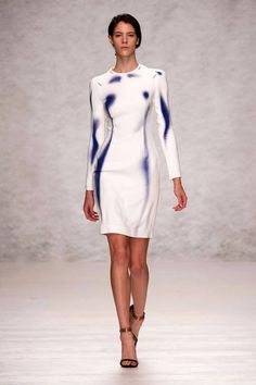 Marios Schwab Spring 2014 Ready-to-Wear Runway - Marios Schwab Ready-to-Wear Collection