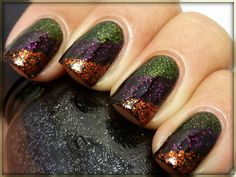 [Blog] Create Beautiful, Professional Glitter Nail Art (includes how-to video).