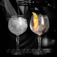 Speakeasy Gin Cocktail Glasses / - Set of 4 Gin Och Tonic, Gin Glasses, Alcoholic Drinks, Cocktails, Birthday Wallpaper, Gin Lovers, Christmas Gift Guide, Cobbler, White Wine