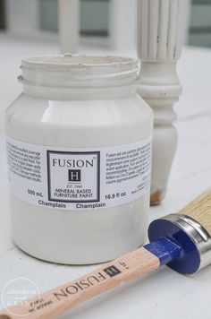 Champlain (White) Fusion Mineral Based Furniture Paint