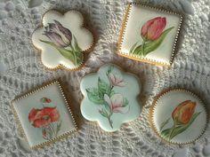 Wow. Beautiful hand painted cookies
