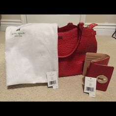 Kate Spade satchel and wallet combo Buy them together and get free s/h! kate spade Bags Satchels