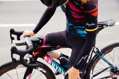 Canyon//SRAM racing kit for 2016 designed by rapha Women's Cycling, Womens Cycling Kit, Cycling Jerseys, Cycling Outfit, Rapha Cycling, Canyon Bike, Bike Kit, Bike Wear, Bike Style