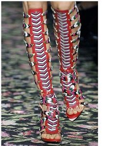 2014 t indicato le donne ginocchio alto gladiatore sandali donna in pelle huaraches cut outs estate tacco alto sandali gladiatore trasporto libero in  Stato dell'articolo: 100% nuovo Articolo colore: come foto Formato dell'articolo: formato liberoda Sandali su AliExpress.com | Gruppo Alibaba