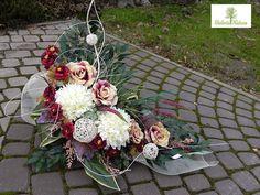 24 Grave Flowers, Church Flowers, Funeral Flowers, Floral Centerpieces, Floral Arrangements, Arte Floral, Flower Bouquet Wedding, Ikebana, Beautiful Flowers