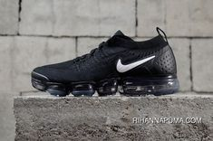 Nike Air Vapormax Flyknit 2018 2.0 Zoom Black White 942842-001 Latest Air Force 1, Nike Air Force, Nike Air Vapormax, Air Jordan, Nike Basketball Shoes, Running Shoes Nike, Sports Shoes, Trends 2018, Fashion 2018 Trends