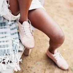 Morawala Boot - Straddle Mika @ Dehilwala Beach (By Luka)