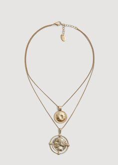 Metal piece necklace