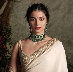Sabyasachi saree teamed with Amrapali Jewelry.