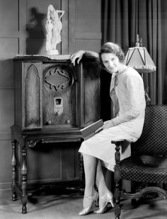 Mary Philbin and her wonderful Majestic radio, c.1930  photo by Dick Whittington