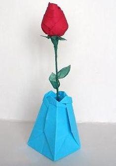 DIY: Paper flower base with diagram